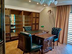 Корпусная деревянная мебель Курьер (кабинет, спальни, гостиные, столы)
