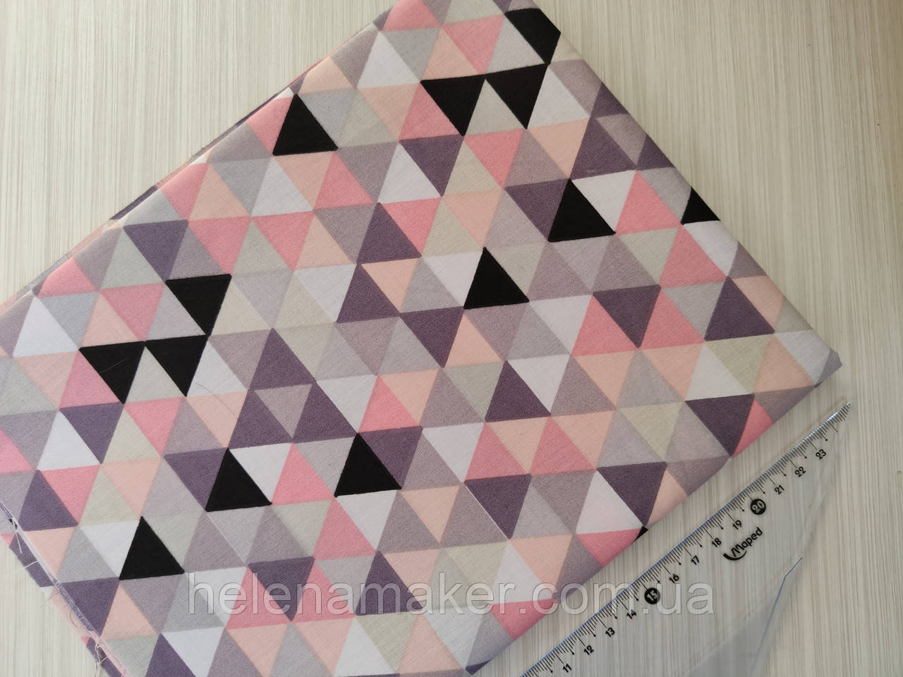 Хлопок Треугольники в розовой гамме  - отрез 50*50 см