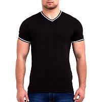 Черная футболка однотонная с V - образным вырезом, фото 1