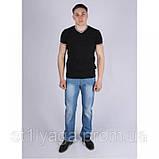 Черная футболка однотонная с V - образным вырезом, фото 6