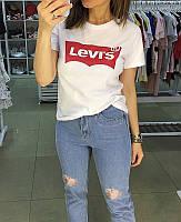 Женская футболка Levi's / Левайс