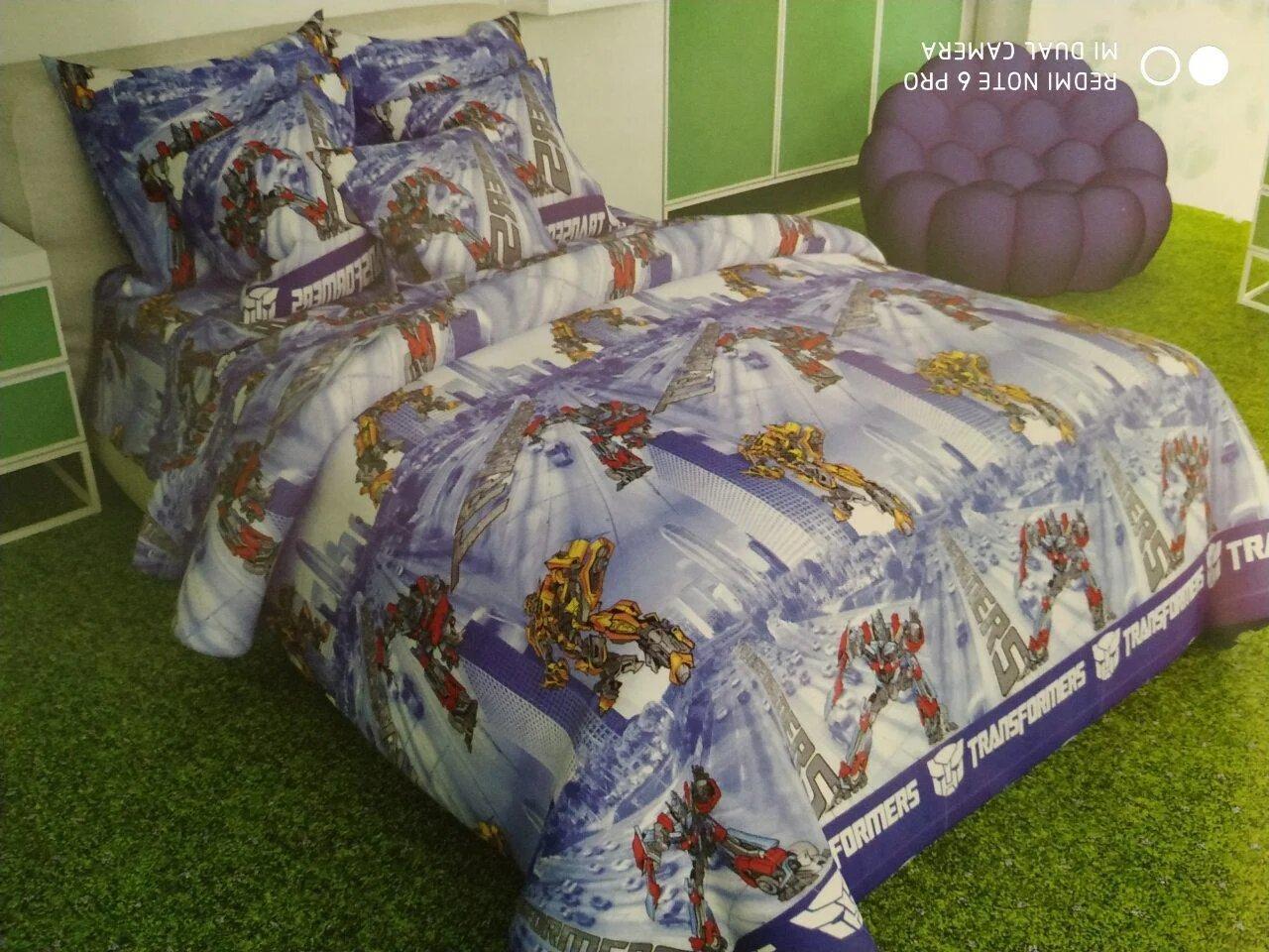 Стильное постельное белье полуторного размера с популярным мультипликационным принтом.