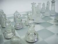 Стеклянные Шахматы - это упражнение для ума