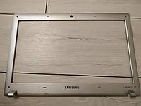 Рамка матрицы б.у. для  Samsung   rv518
