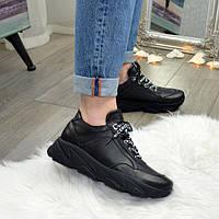 Женские кроссовки, мокасины