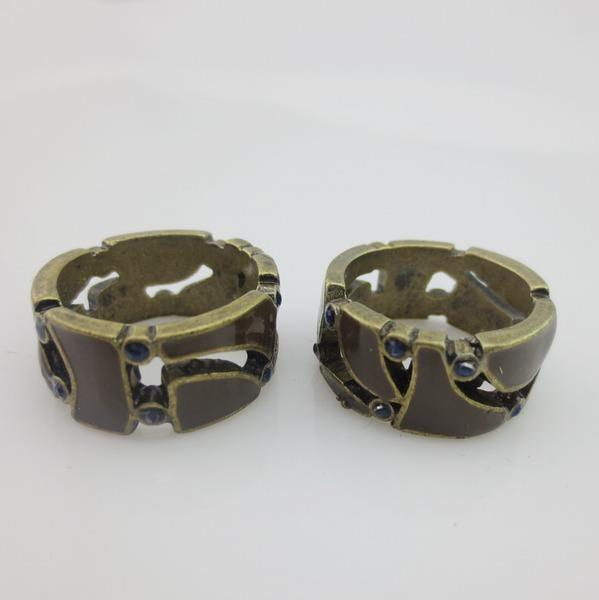 Кольцо с коричневой эмалью