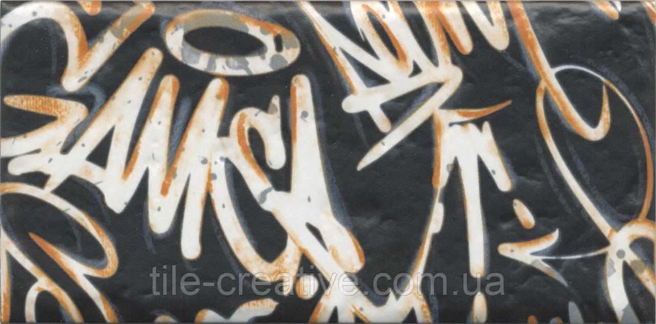 Керамічна плитка Панно Графіті, панно з 4-х частин 39,6x20x8 OP\A210\4x\19060