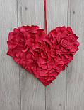 Червоне серце з пелюсток троянд - декор до дня Валентина, весілля, фото 2