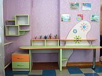 Набор мебели для детского сада, стол и полка