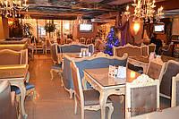 Перетяжка мебели для ресторанов и кафе в Одессе на заказ