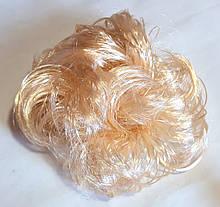 Гумка зі штучного волосся 12 см блонд