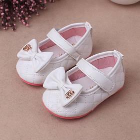 Туфли  нарядные детские  на девочку белые  Шанель 16-18 р.