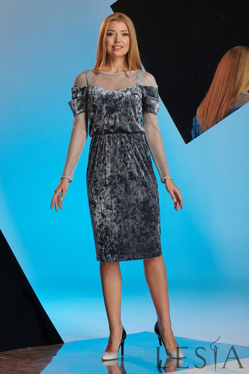 Нарядное платье-футляр из мраморного велюра Lesya Наира