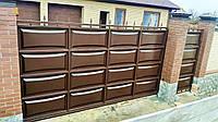 Откатные консольные ворота ш4000 в 2200 с калиткой ш1000 в 2200 (дизайн филёнка линза+шарики,пики)