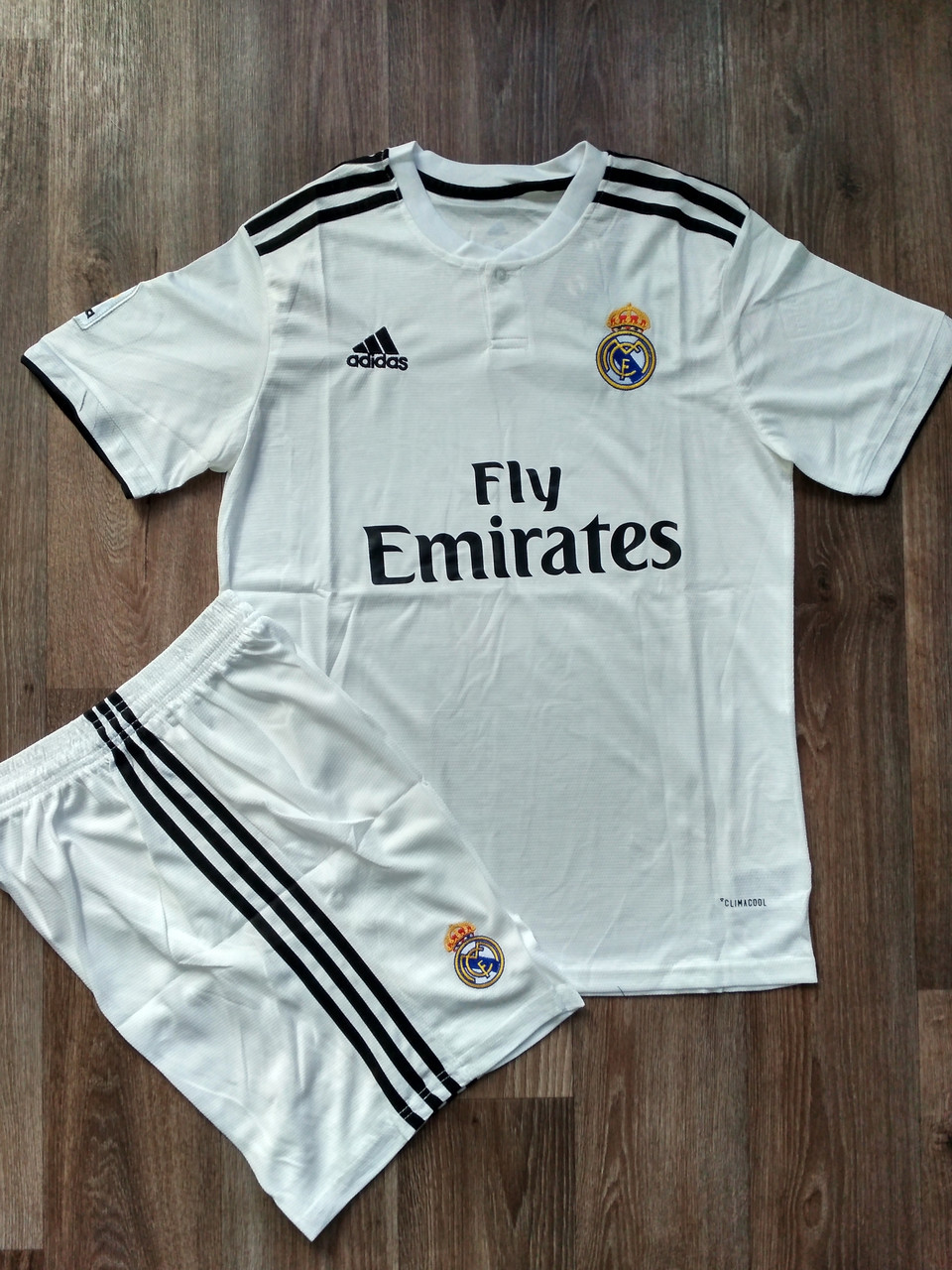 Детская футбольная форма Реал Мадрид домашняя 2018-2019