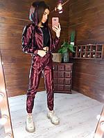 Стильный костюм женский из эко-кожи бордовый