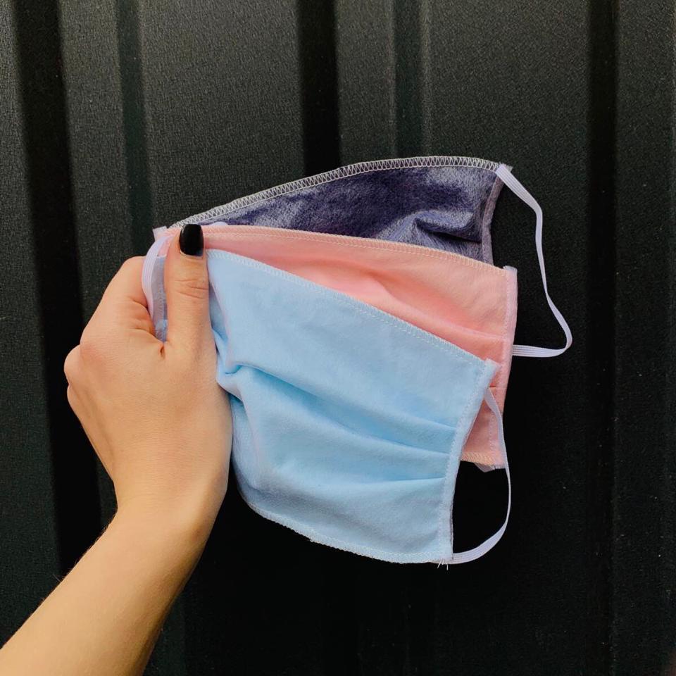 Медичні захисні маски 3 шари упаковка 10 штук