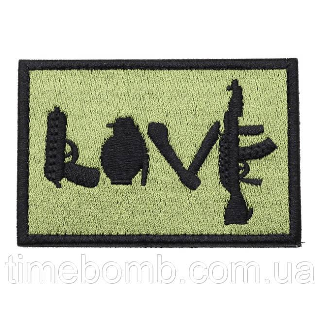 Нашивка на липучке ''LOVE''