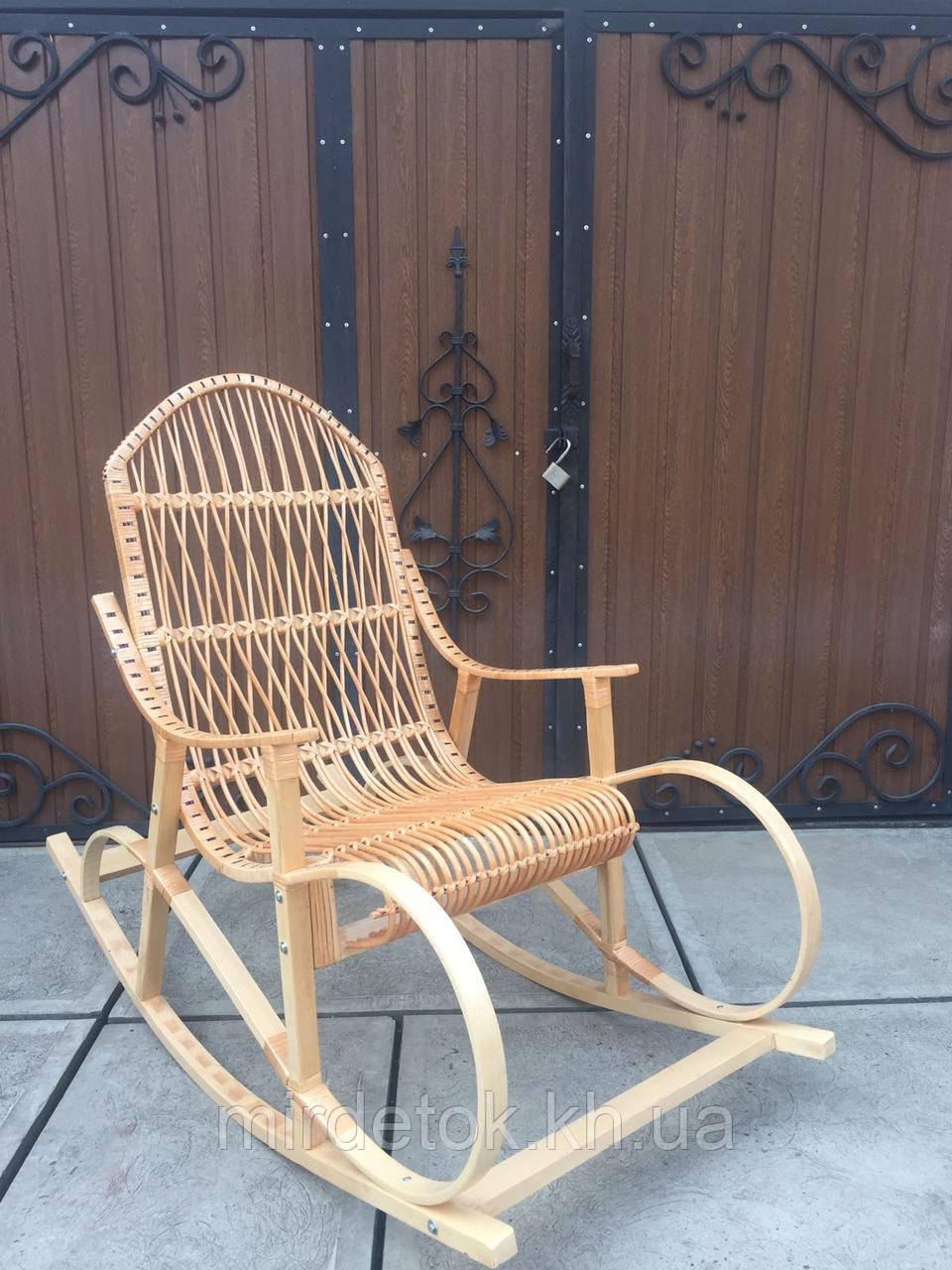 Кресло-качалка плетеное из лозы Буковое до 200 кг веса