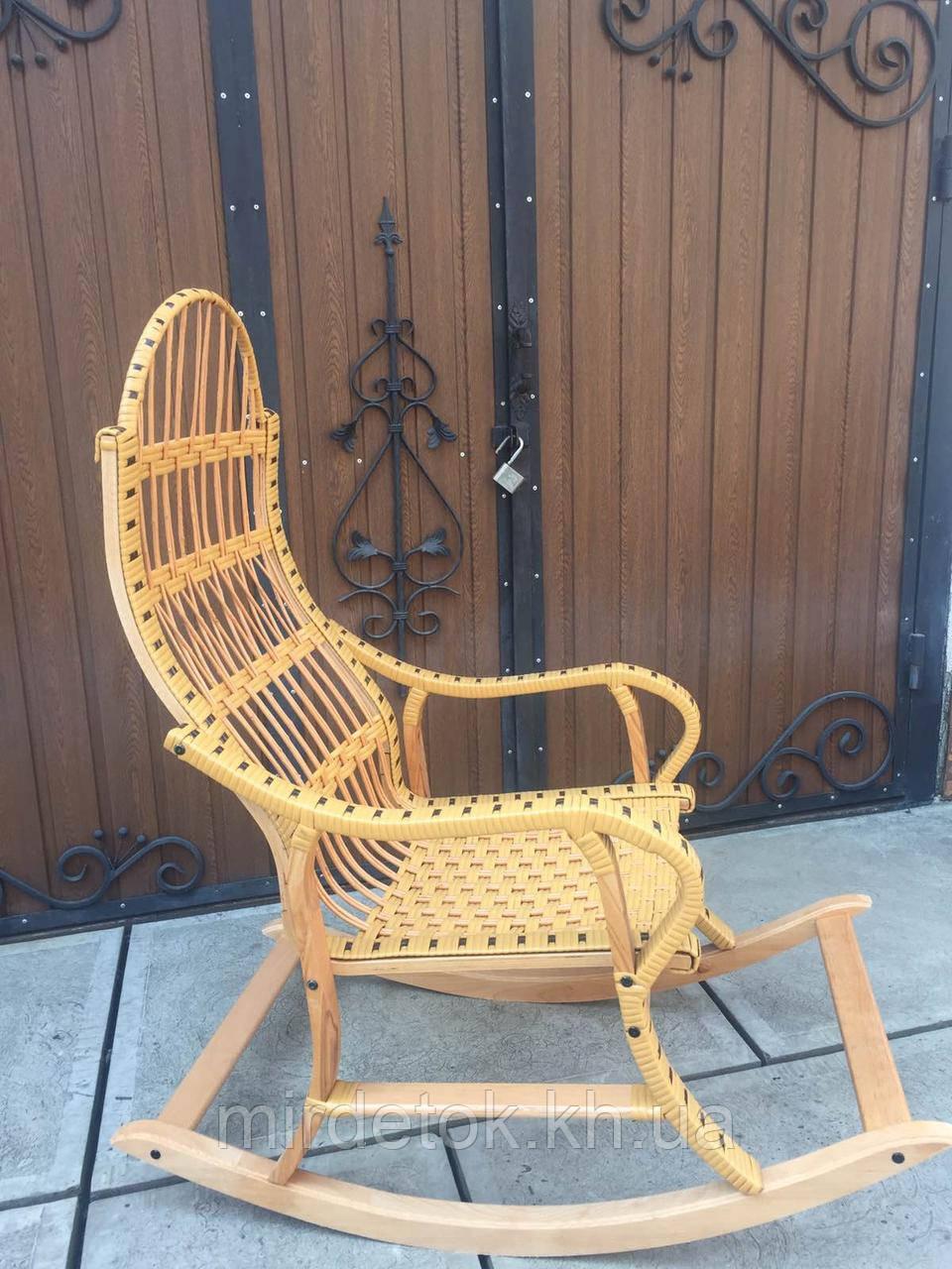 Кресло-качалка  Принцесса-Беж Ротанговая разборная на буковом каркасе до 150 кг