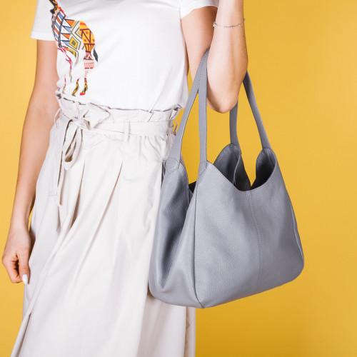 Серая сумка женская кожаная с тремя большими отделениями и двумя ручками. Цвет на выбор