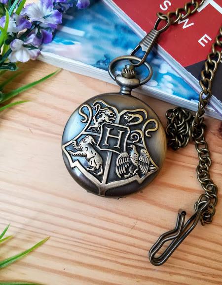 Часы  Гарри Поттер Harry Potter с застежкой для одежды