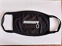 Очень мягкие приятные для лица многоразовые маски черного цвета - тканевые защитные маски с принтом