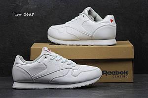 Кроссовки женские (подростковые) Reebok белые 36р