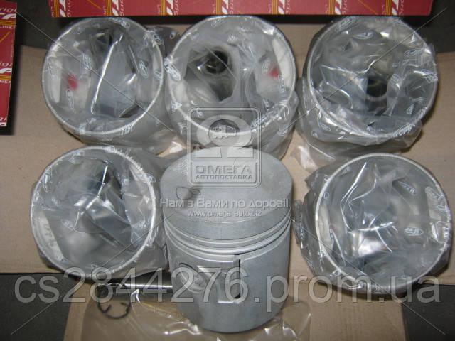 Поршень цилиндра ГАЗ 52 (с пальцем и кольцом стопорным) d=81,88 6шт. (пр-во Украина) 52-1004015