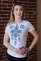 Жіноча вишита футболка Писанка блакитна