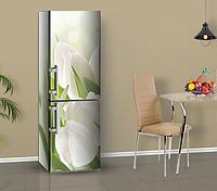 Магнитная наклейка на холодильник Белые тюльпаны цветы, виниловый магнит, 600*1800 мм, Лицевая