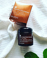 MIZON All in One Snail Repair Cream  крем для лица с 92% слизи улитки.