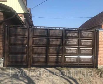 Распашные въездные филёнчатые ворота (жатая филенка)