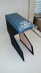 Подлокотник ВАЗ 2110  с вышивкой кожзам