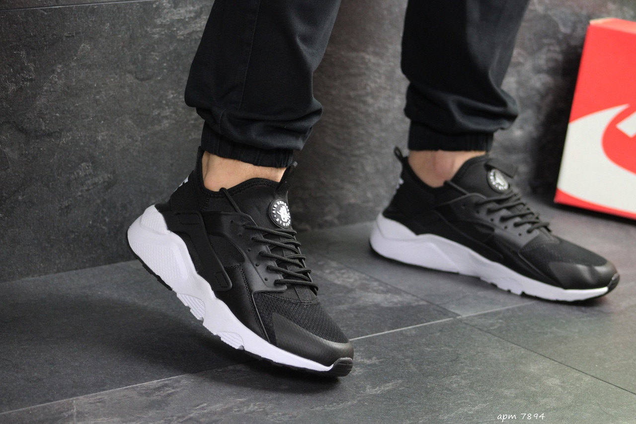 Мужские кроссовки Nike Air Huarache черно-белые