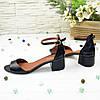 Босоножки женские кожаные на невысоком каблуке, цвет черный, фото 4