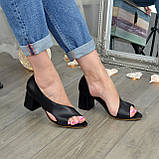 Женские кожаные черные босоножки на устойчивом каблуке, фото 3