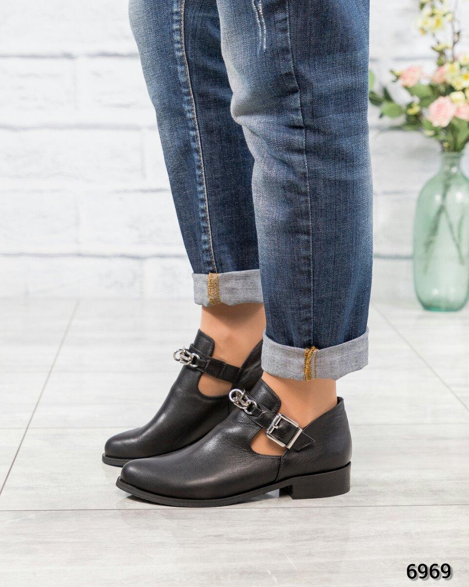 Весенние короткие ботинки черные