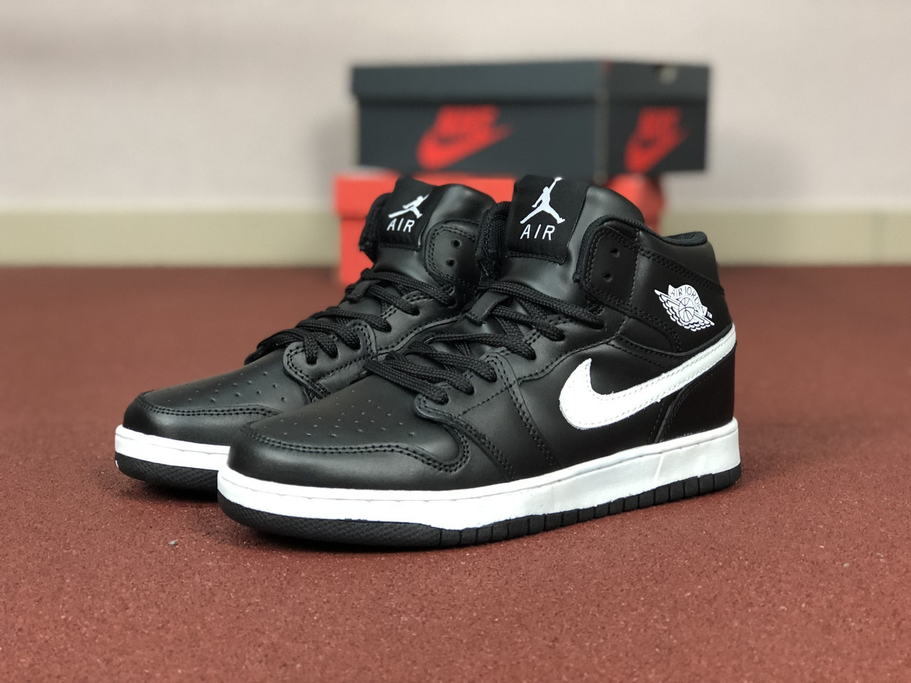 Мужские кроссовки Nike Air Jordan 1 Retro,черно-белые
