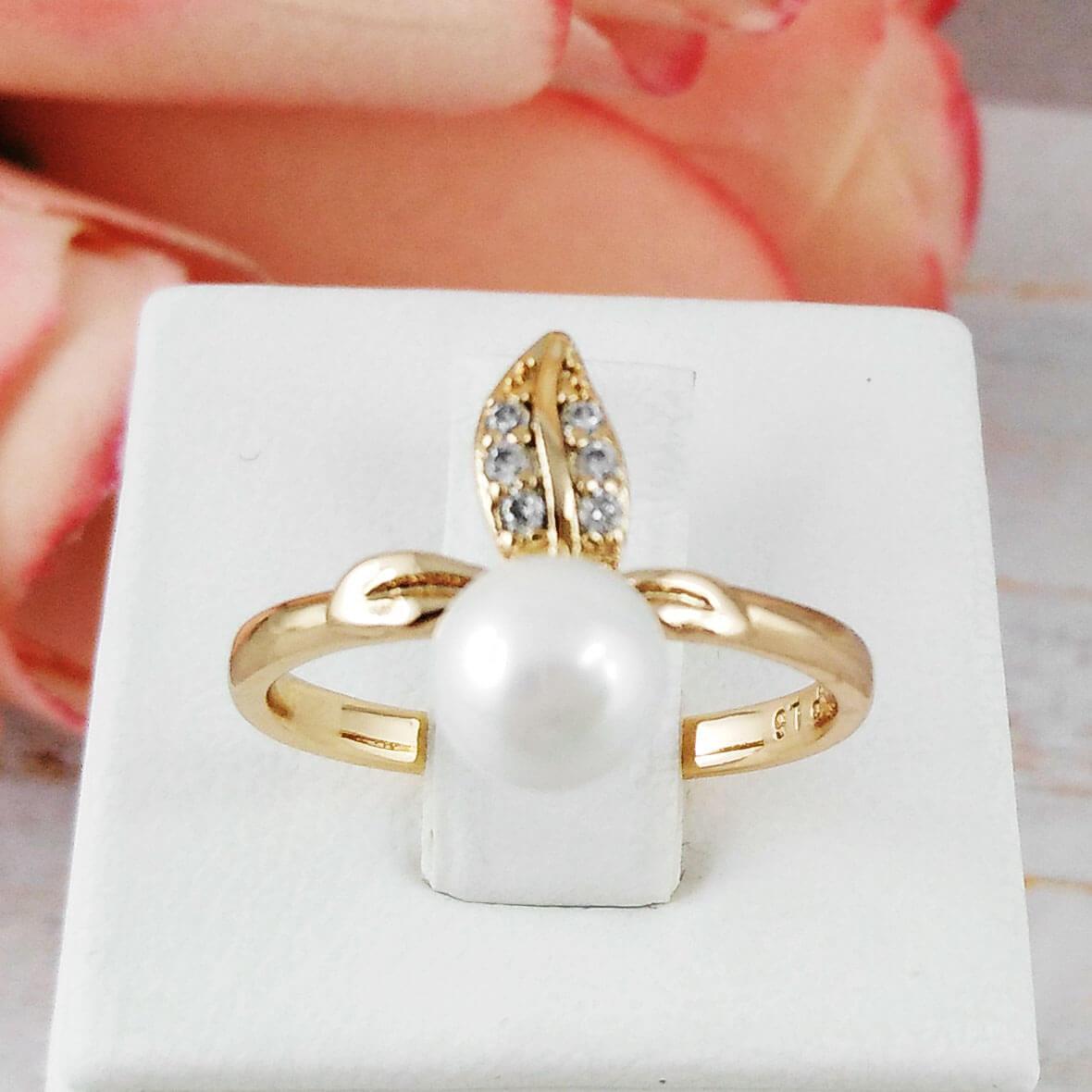 Кольцо Xuping Jewelry размер 18,5 Вики медицинское золото позолота 18К А/В 2-0182
