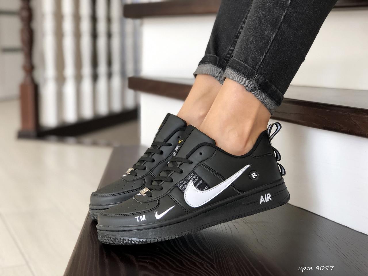 Подростковые (женские) кроссовки Nike Air Force,черно белые