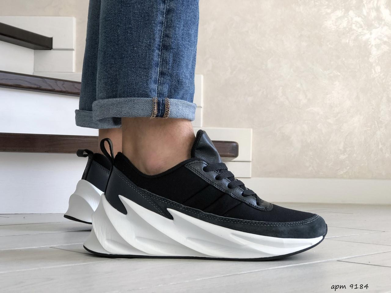 Мужские модные кроссовки Adidas Sharks,черно белые 44р.
