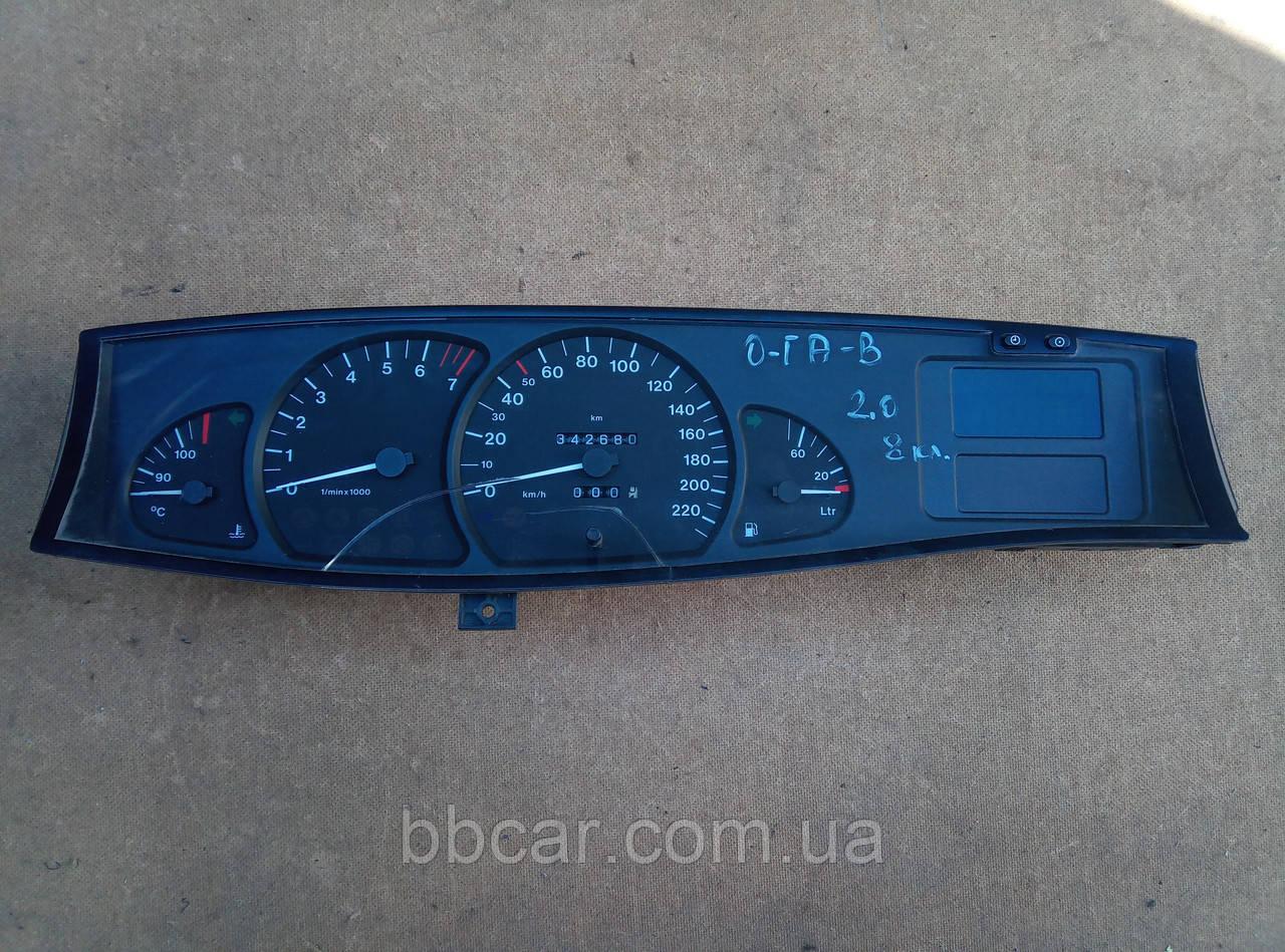 Щиток приборов Opel Omega B 2.0 VDO  90 493 818 № дисплея 90 379 233