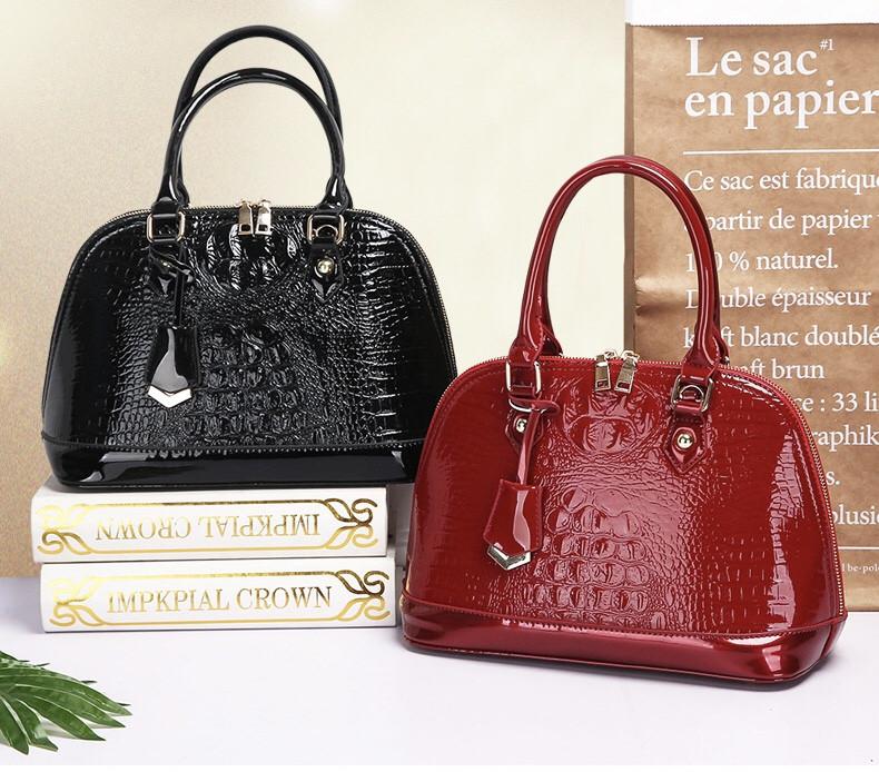 Кожаная женская сумка- клатч ручной работы. Модель 477