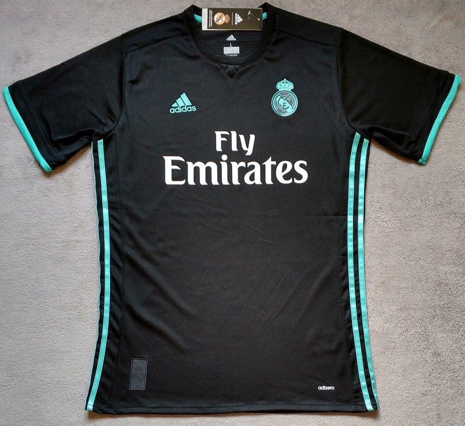 Тренировочная футболка Реал Мадрид  выездная 2017-2018  размер м