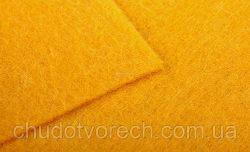 Фетр А4 толщиной 2мм.Китай  20*30 см   мягкий  Желтый