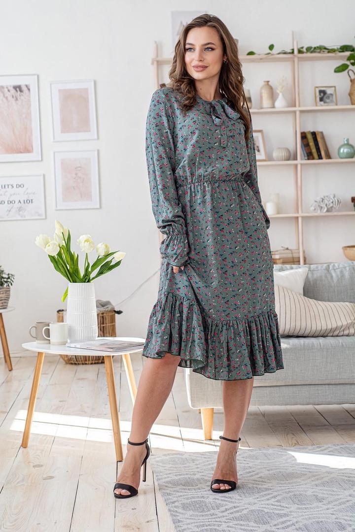 Платье весенне женское классическое с бантиком универсальный размер розовые цветы на оливковом