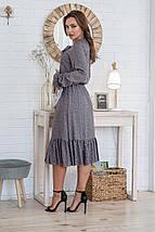 Платье серое женское летнее средней длины с бантиком батал цветы на сером, фото 3