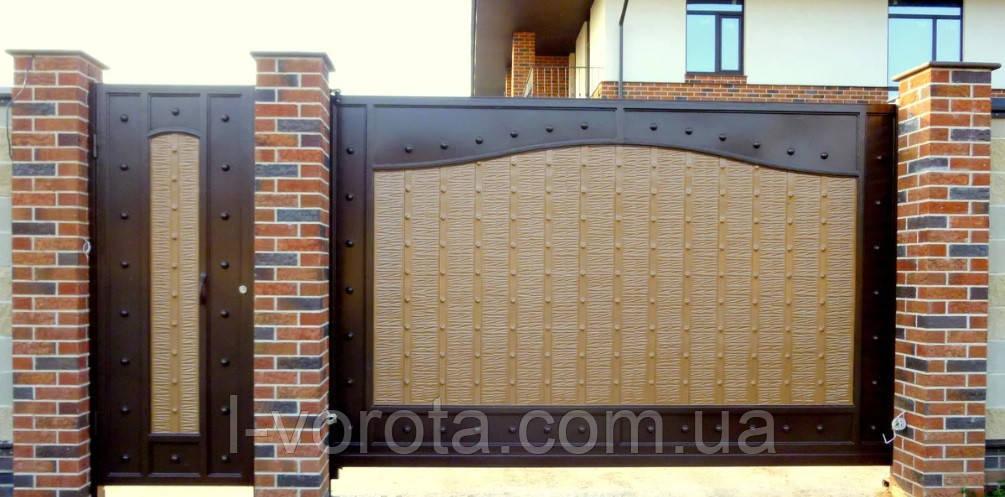 Кованые откатные ворота с рельефным декором 3500, 2200 и калитка 900, 2200 (эффект жатки)