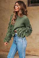 Объёмный тёплый свитер с пушистыми рукавами зеленый